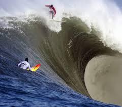 Halfmoon Bay huge wave with surfer